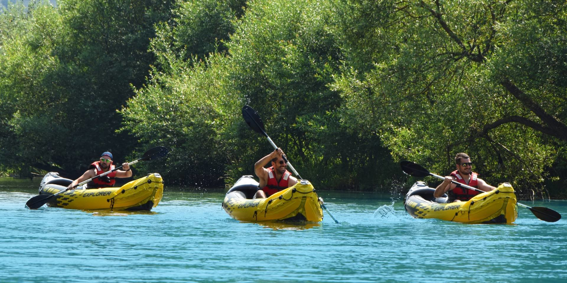 RETURN TO NATURE – KAYAKING ON THE IBAR RIVER